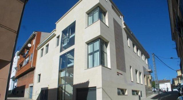 Hostal Ciudad de Cáparra - 2 Star #Guesthouses - $31 - #Hotels #Spain #Carcaboso http://www.justigo.com.au/hotels/spain/carcaboso/hostal-ciudad-de-caparra_32618.html