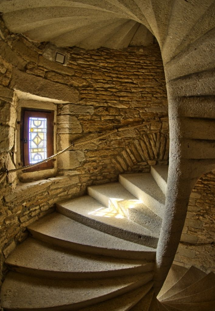 Medieval Stairway, France. I am in love with this stairway !!!!