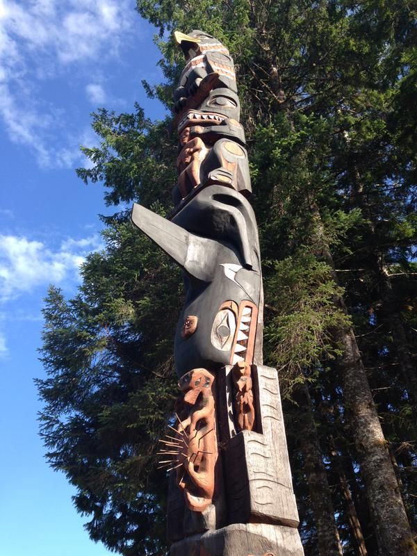 Totem pole at Toquaht First Nation on National Aboriginal Day 2015