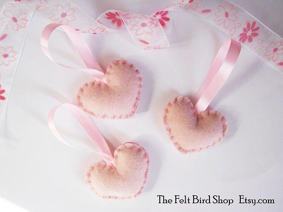 Cuori di feltro rosa. Cuoricini di feltro per battesimi