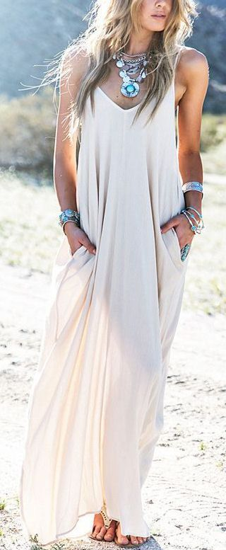 Boho Maxi....love the chunky jewelry too