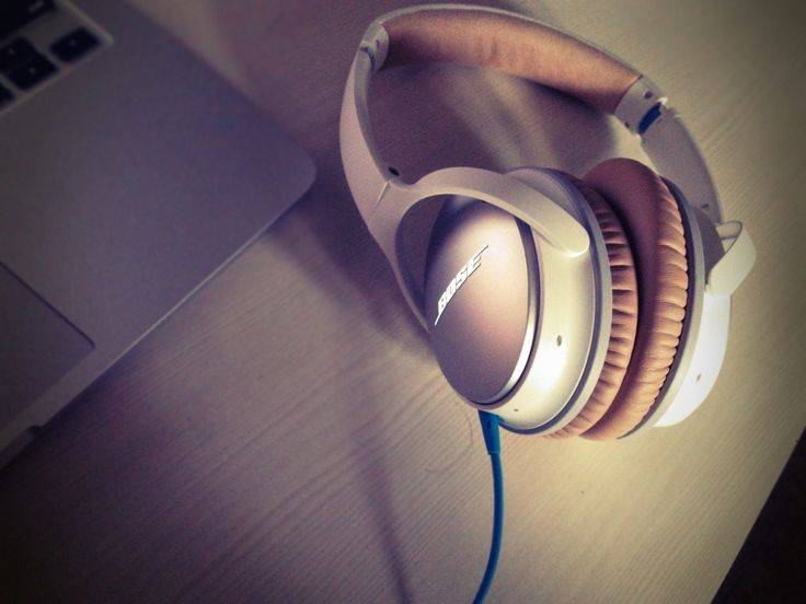 """The new Bose QC25 review!   """"when the silence is speaking"""""""