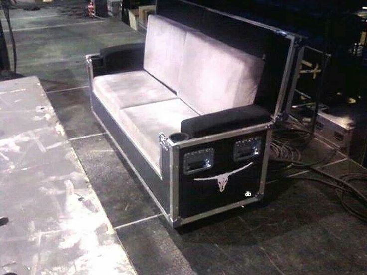Road case sofa
