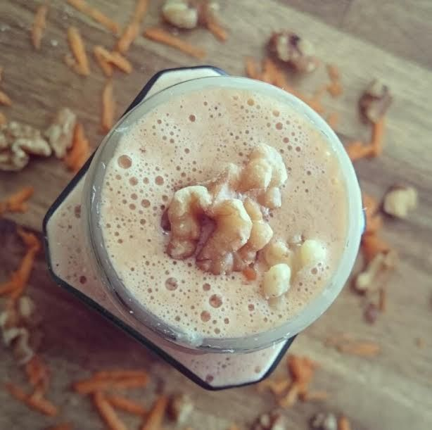 Do you love Carrot Cake?! If yes then this is the smoothie for you! A big thank you to Bronte for sending in her amazing recipe with us. |