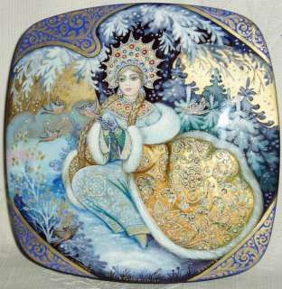 Russian Lacquer box Kholui Snow Maiden
