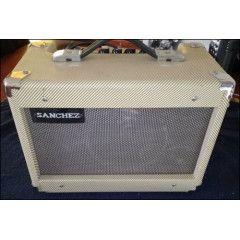 Sanchez Guitar Amp & Microphone. 100% Working condition