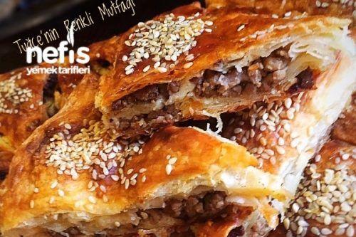 Çıtır Çıtır Kıymalı Tepsi Böreği (Favoriniz Olucak) Tarifi