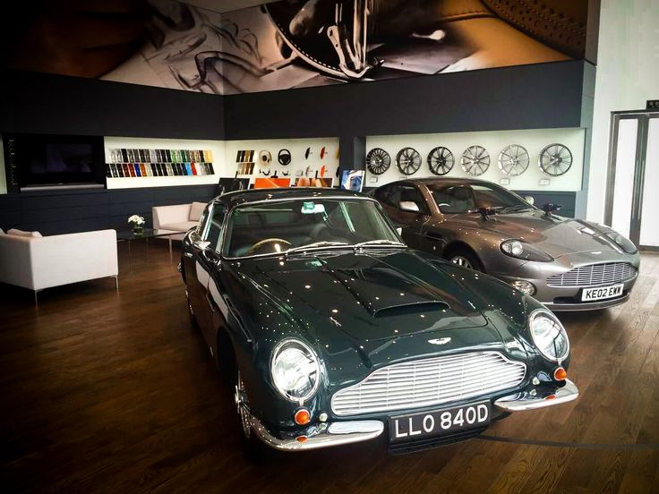 Visiting the Aston Martin showroom in Pudong, Shanghai to showcase Audiomoda's luxurious home audio system, the Aston Martin Zygote.