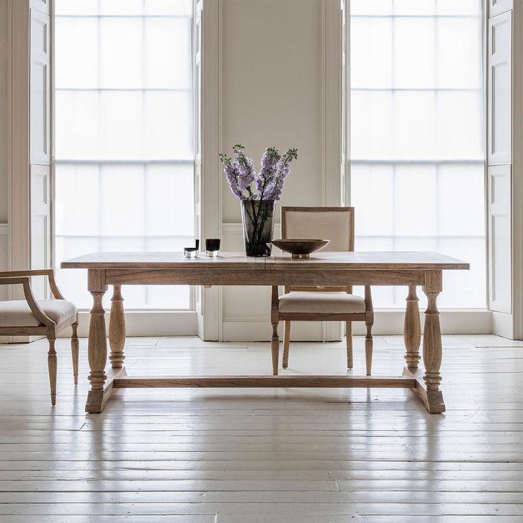 Best 25 extension dining table ideas on pinterest black for Dining room table extension slides