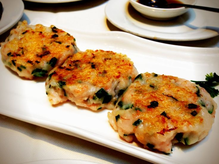 Best dim sum in Vancouver! Shrimp cake with Chives...yum! http://foodietours.ca/photo-guide-dim-sum-kirin-restaurant/