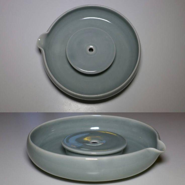 "51 Likes, 3 Comments - Inge Nielsen (@i.n.clay) on Instagram: ""Teaboat. English porcelain. Faux celadon. Oxidation 1250 Celcius. Dimensions 19 x 4,5 cm."""
