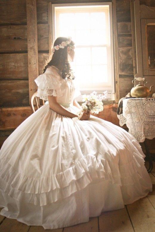 1800\'s period costume wedding theme. BEAUTIFUL! | PHOTOGRAPHY Ideas ...