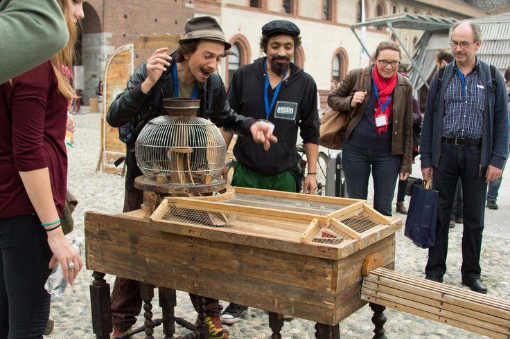 The strange travel of Senyor Toynet - Tomb Creatius (Spagna)