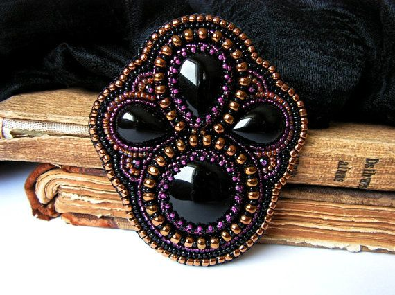 Bead embroidery brooch Black Onyx brooch Black por MisPearlBerry