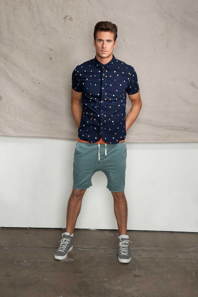 Love this look w/ mixing sweats, high tops & patterned laundered button downs.