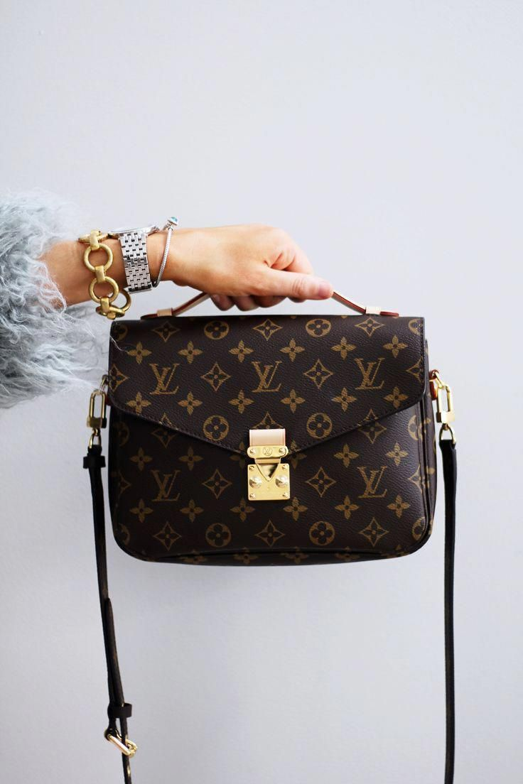 3503f0f34 Top 10 Favorite Purchases of 2017 - Louis Vuitton Pochette Metis  #Louisvuittonhandbags
