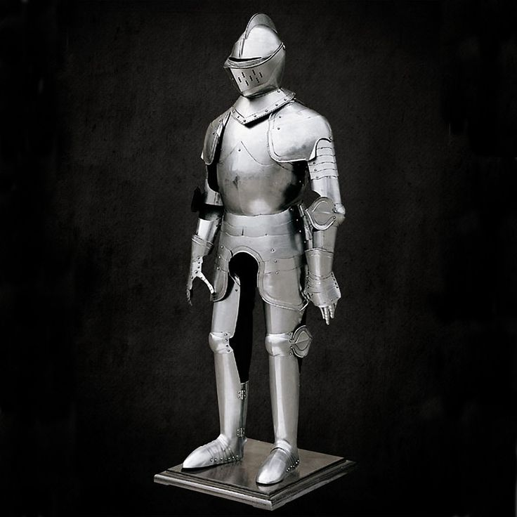 The development of plated armor was a boon to knights and soldiers across Europe. Windlass Sword carries suits of armors that are based on famous and valiant knights, such as Duke of Burgundy and many more.