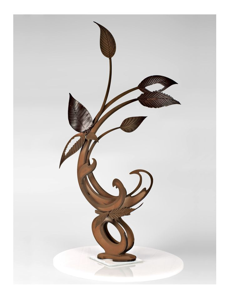 Another amazing chocolate showpiece...
