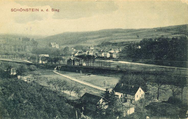 1909 - Frankenthal - die Unterführung durch den Eisenbahndamm führt heute zur Walzwerkstraße - gel. 1909 - A.O.B.