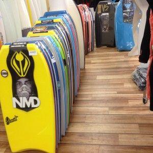 Nouveautés au shop ! Des tonnes de body et des supers marques : Pride, NMD, Versus, Wave, Flood, Morey, hubb … ! Venez vite les découvrir, c'est ici : http://www.loisirs3000.fr/bodyboard/planche-bodyboard