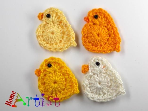 Listing is for 4 crochet embellishments, mix of colours. Each motif is made in a quality cotton yarn, which is soft and machine washable. Would look fantastic sewn on a bag, jacket, jeans, hut,...