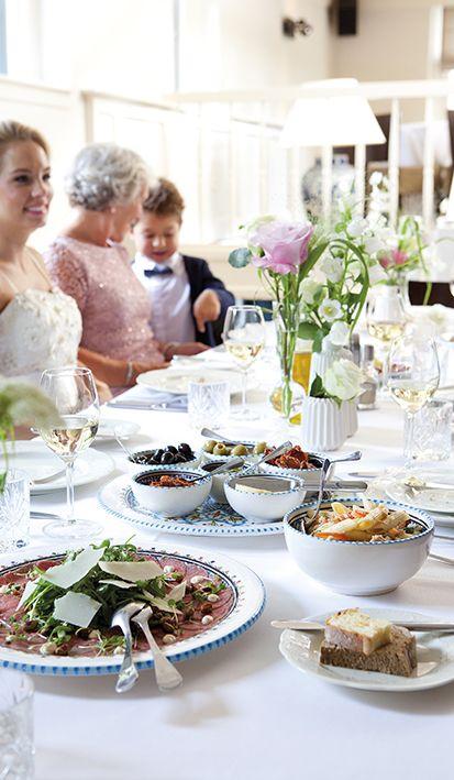 Verras je gasten met een Italiaans bruiloftsmenu van Mereveld. Ook de tafeldecoratie voor jullie bruiloftsdiner is perfect verzorgd. #Mereveld Utrecht in TOP 5 populairste trouwlocaties van Nederland!