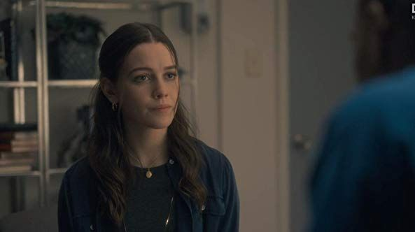 Victoria Pedretti In The Haunting Of Hill House 2018 House On A Hill Human Shirley Jackson