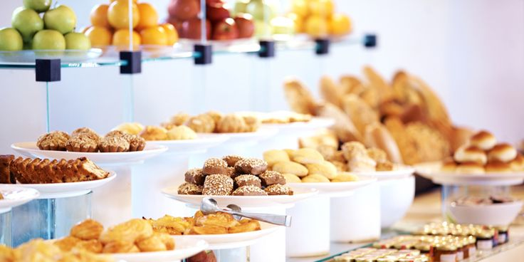 You shouldn't have to worry about food allergies when you're on a cruise. Thankfully, every line has a system in place for passengers with dietary needs.