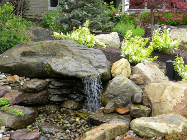 25 best ideas about stone water features on pinterest for Beau jardin bath rocks