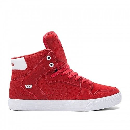If there was ever a shoe that ticked all the boxes, this Supra Vaider Red White Mens High Top would be it