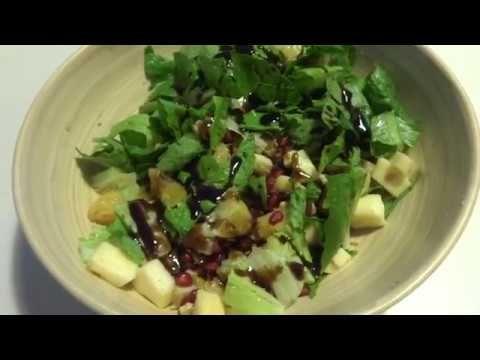 Φθινοπωρινή σαλάτα με μαρούλι και ρόδι #VLOG