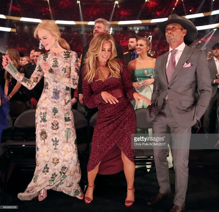 (L-R) Actor Nicole Kidman, singer Faith Hill, singer Kelsea Ballerini and singer Tim McGraw attend the 52nd Academy Of Country Music Awards at T-Mobile Arena on April 2, 2017 in Las Vegas, Nevada. (Photo by Chris Polk/ACMA2017/Getty Images for ACM)