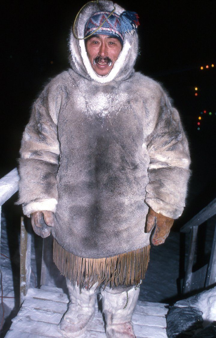 III.1: INUIT CLOTHING/SHELTER 1. Winter Clothing ~ People