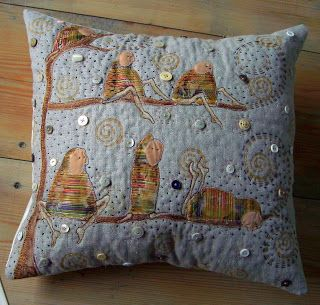THE FABRIC OF MEDITATION - SARA LECHNER'S BLOG: Second pillow finished