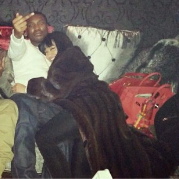 Nicki Minaj cuddled up with rumoured new boo Meek Mill - http://streetsofnaija.net/2015/01/nicki-minaj-cuddled-up-with-rumoured-new-boo-meek-mill/