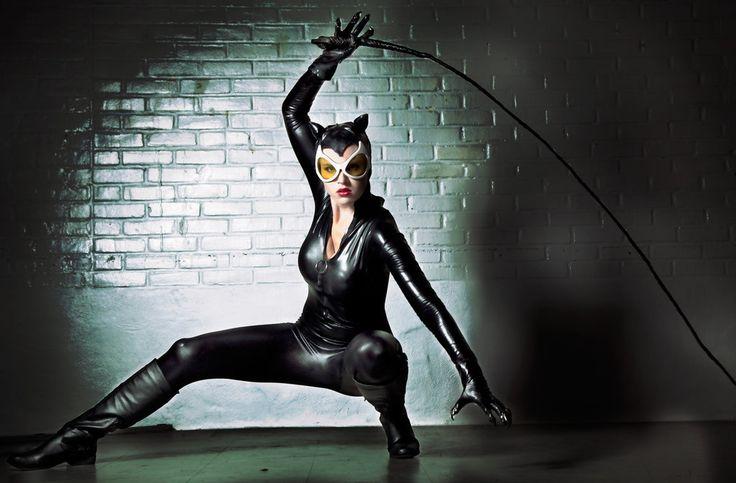 http://img01.deviantart.net/34a6/i/2016/180/d/5/catwoman_gotham_sirens_by_hollandtayloegedney-da865tr.jpg