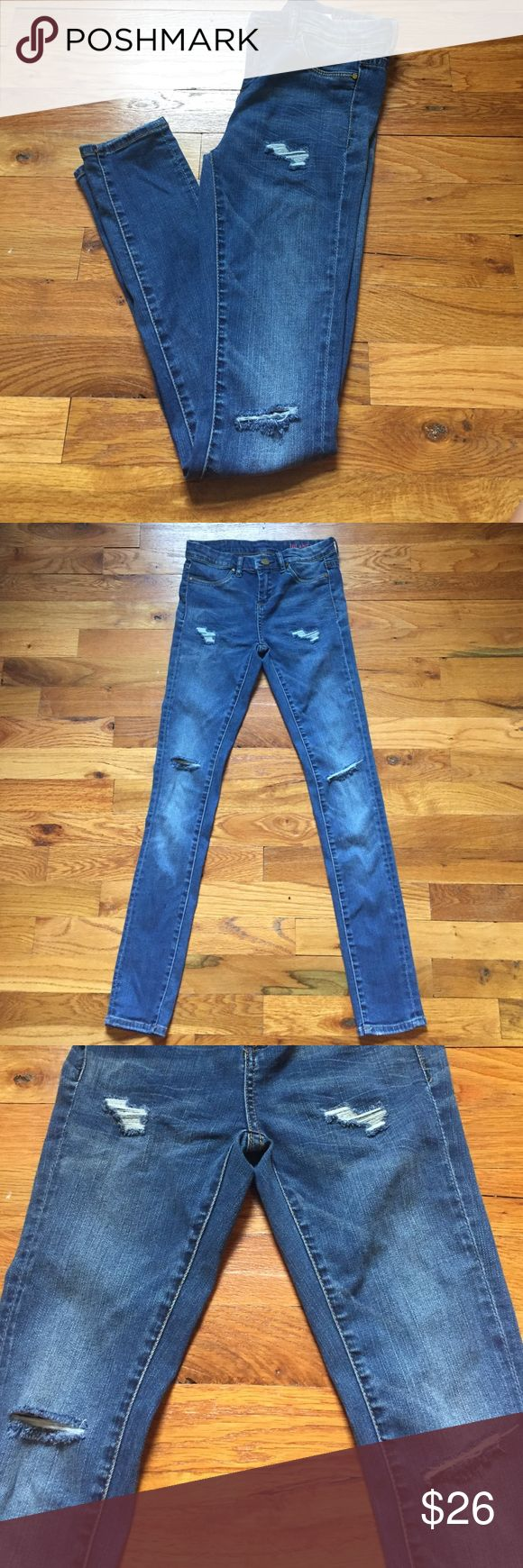BLANK NYC kids jeans BLANK jeans that are so comfy!! Perfect for going back to school! These are skinny jeans. Only worn about two times. Excellent condition Blank Denim Bottoms Jeans
