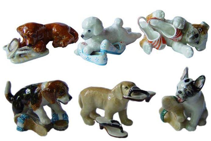 Собаки с обувью. Миниатюрные статуэтки из Франции, ручная роспись. Поставки под заказ раз в две недели, постоянно обновляемая коллекция в наличии в шоуруме. По вопросу покупки пишите whats app 89503167416, доставка во все регионы России