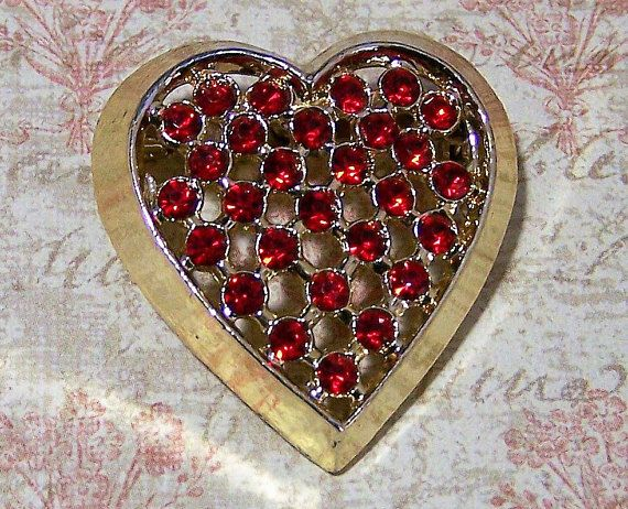 Mid Century heart shaped red rhinestone heart brooch Perfect girl friend present, Valentines day gift 1 1/4 x 1 3/8 inches Unsigned Very good vintage condition, shows no wear International buyers welcome, shipping is automatically combined, over charges are refunded Priority shipping