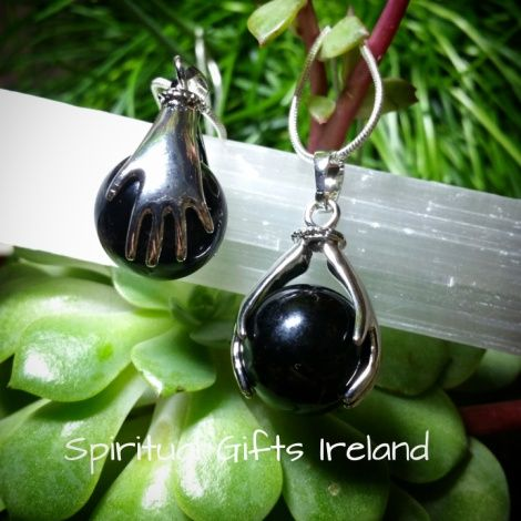 Visit our store at www.spiritualgiftsireland.com  Follow Spiritual Gifts Ireland on www.facebook.com/spiritualgiftsireland www.instagram.com/spiritualgiftsireland www.etsy.com/shop/spiritualgiftireland We are also featured on Tumblr  Our unique 'Healing Hands' pendant is perfect for Healers, Reiki practitioners and those of you needing a healing touch.  Làmha comes from the ancient Gaelic Irish language meaning hands.  Laying-on of hands to heal human illness is a worldwide practice.  These…