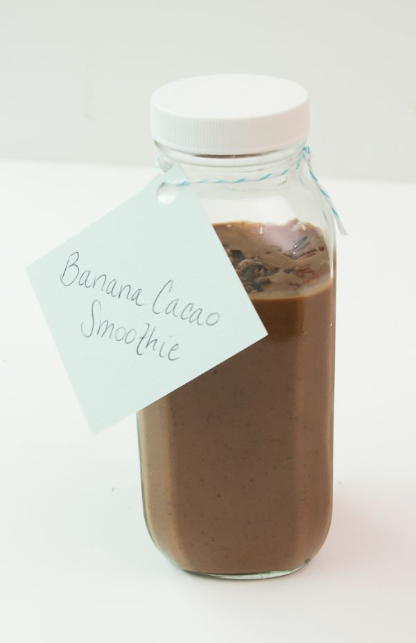 Mint - Cacao Banana Smoothie. The raw cacao has so many health benefits and it tastes like chocolate {healthy chocolate}!