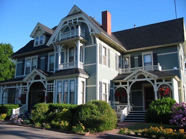 Victoria's Historic Inn & Carriage House B - Wolfville, Nova Scotia