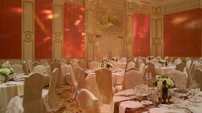 Banquet Hall Crystal Lumiereprismatic Art To Feed Your Senses - Ardmore hall luxury residence built by michael knight
