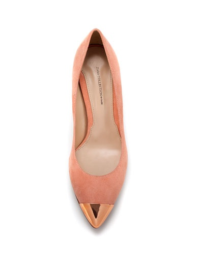 court shoe with metal toe cap $90 Zara