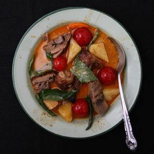 Thai Red Curry with Roasted Duck Recipe - Saveur.com