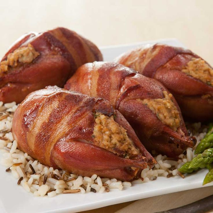 Burgers' Smokehouse Bacon Wrapped Stuffed Smoked Quail is a true indulgence in gourmet poultry dishes.  Order you Bacon Wrapped Stuffed Smoked Quail today and have it delivered right to your door.  Free Shipping.
