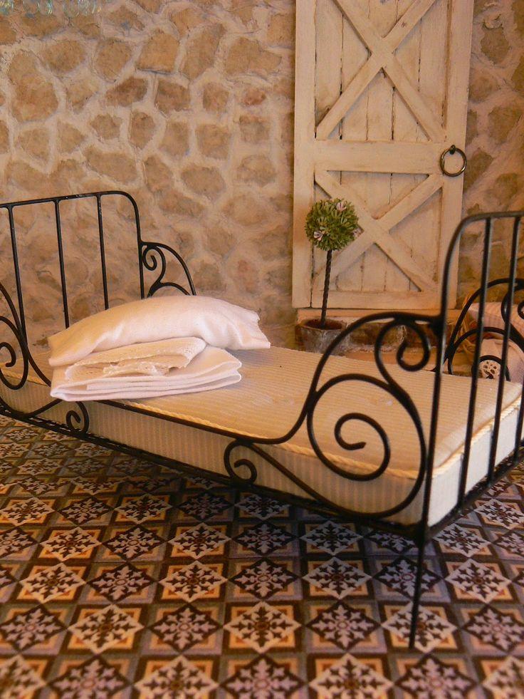 Las 25 mejores ideas sobre camas de hierro antiguas en - Camas de forja antiguas ...