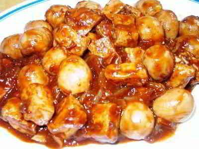 Semur Telur - Berikut ini ada cara membuat video resep semur telur puyuh ceplok dan tahu tempe bakso telor ayam kentang kecap bango ala betawi untuk anak balita.