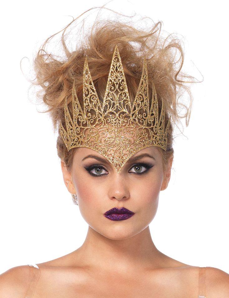 Corona maléfica oro mujer Halloween: Esta corona maléfica es para adulto. Es de color dorado con brillantina. Se coloca con la ayuda de un elástico negro.Es maleable y mide 24 cm de ancho por 20 cm de largo.Esta corona es...