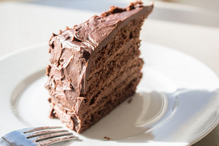 How to Bake a Mutilayer Chocolate Mousse Cake